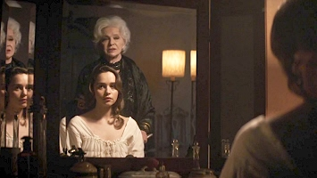 [Image: Emilia-Clarke001.jpg]