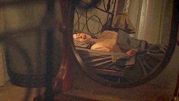 [Image: Emilia-Clarke009.jpg]