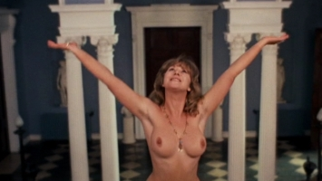 [Image: Helen.Mirren_-_Savage.Messiah.(1972).Dvdrip3.jpg]