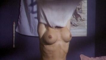 [Image: Linnea-Quigley_-_Creepozoids-1987.DCV3.jpg]